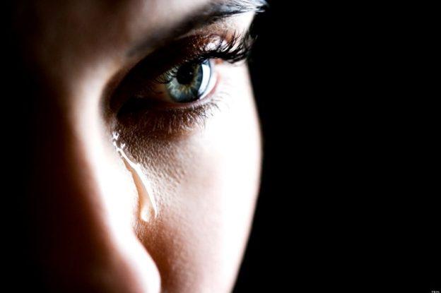 Isteri kerap kecewa apabila ditinggalkan  suami samada selepas penceraian, kematian suami atau dimadukan.