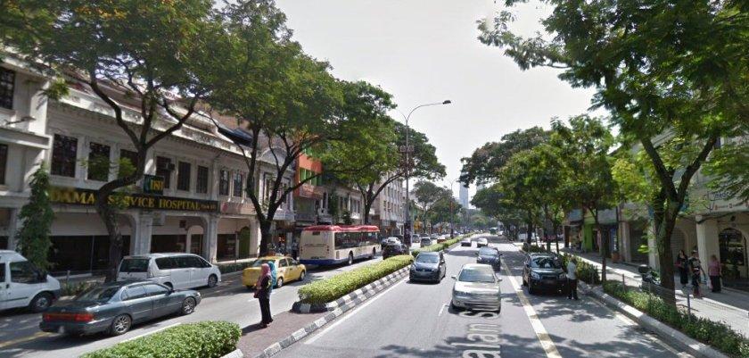 Dr Ismail Tambi mempunyai klinik sakit lelaki di Hospital Damai, Jalan Ipoh Kuala Lumpur