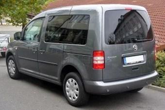 800px-VW_Caddy_Facelift_1.6_TDI_BlueMotion_Heck-w700