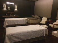 Spa for couple room. GEDE BANGET!