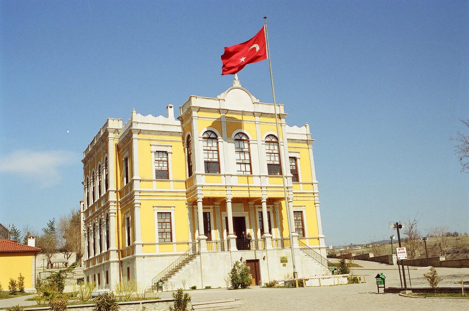 Der alte Regierungspalast über der Altstadt von Safranbolu