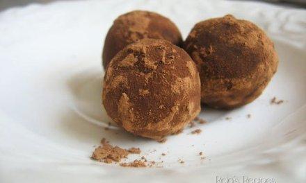 Super Easy Raw Peanut Butter Truffles