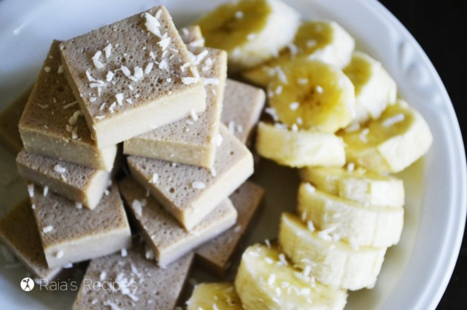 Banana Creme Fruit Snacks | grain-free, gluten-free, dairy-free, refined sugar-free | RaiasRecipes.com