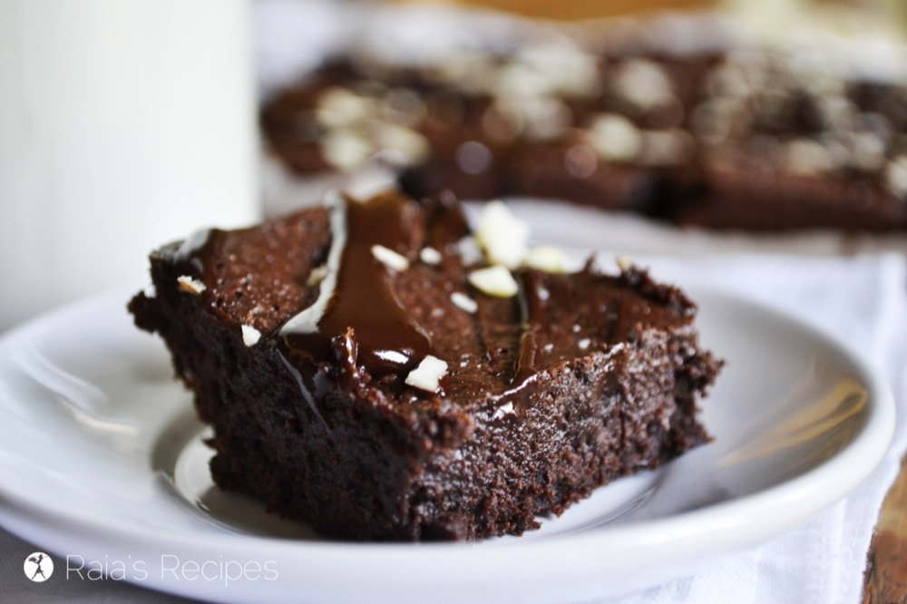 Chocolate Brownies | RaiasRecipes.com