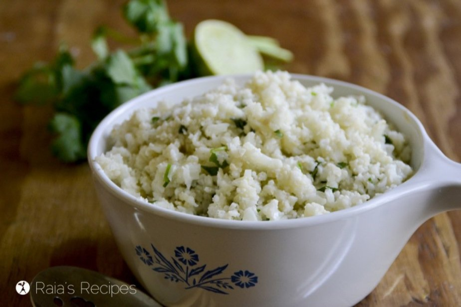 Enjoy Mexican food again with this quick and easy Chipotle-Style Cilantro Lime Cauli-Rice! RaiasRecipes.com