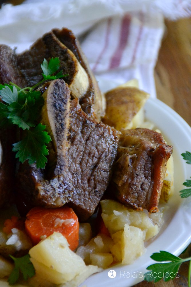 short ribs in the instant pot close up