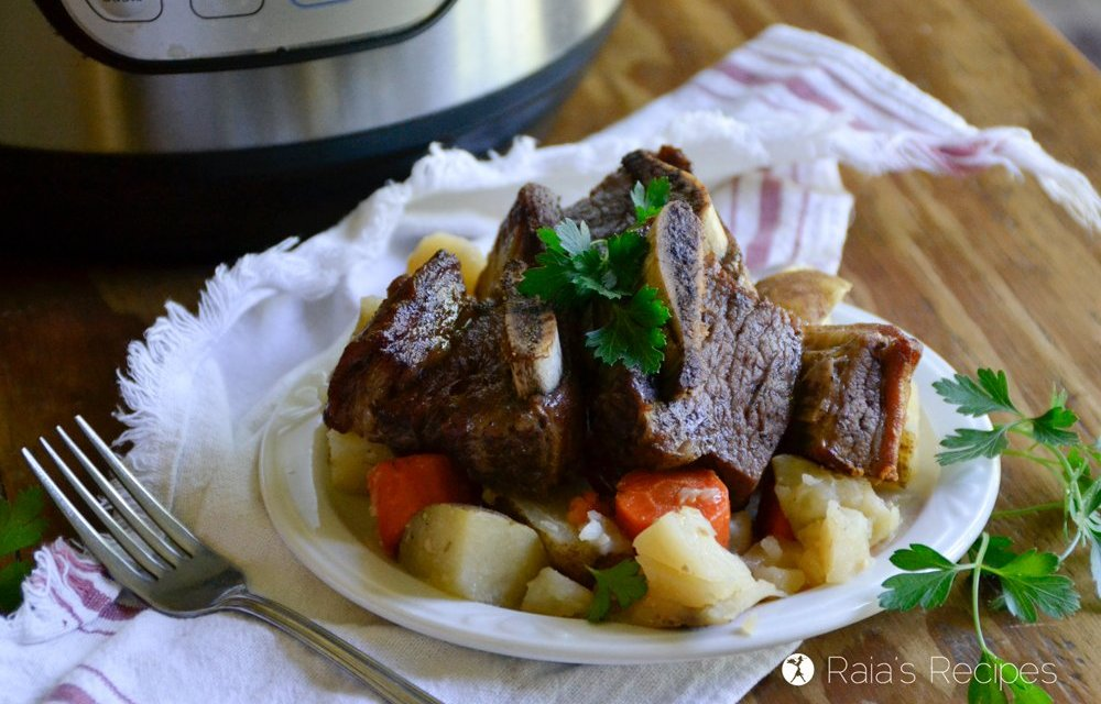 Fall Apart Tender Short Ribs in the Instant Pot