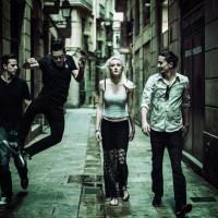Jenny & The Mexicats: Barcelona y más allá