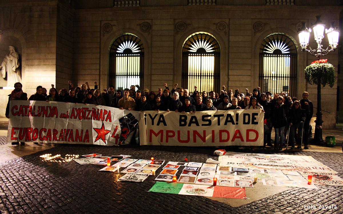 Concentración por Ayotzinapa en Barcelona, 26 de enero de 2016. Foto: Lola Zavala