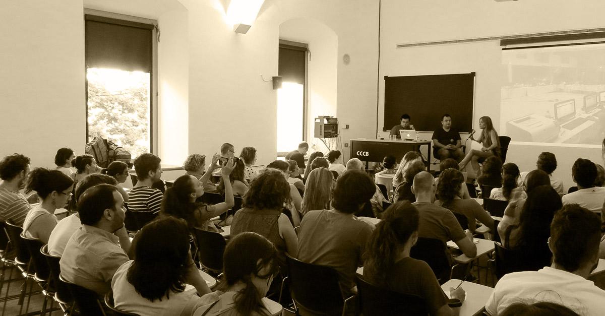 Barcelona muestra su apoyo al activista mexicano Alberto Escorcia