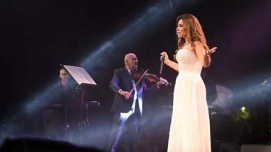 صورة نجوى كرم تقدم حفلة كاملة العدد في دبي