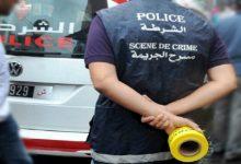 صورة شاب يفصل رأس والدته ويتجول به بإحدى أزقة الدار البيضاء