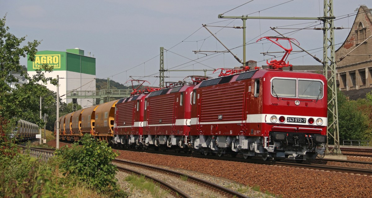 [DE] A quartet with Reichsbahn flair: The 243s of DeltaRail