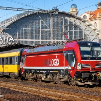 [CZ] RegioJet now operating Raillogix's eye-catching ruby red Vectron