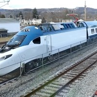 [US] Video: Amtrak's new Acela train on the move