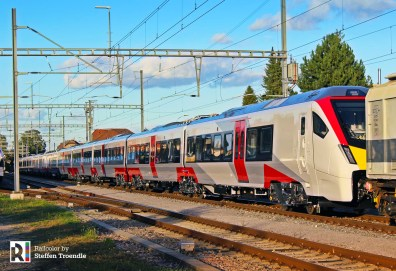 A 12-car FLIRT Class 755 for Rock Rail > Abellio Greater Anglia in Laufenburg (CH) on 24.09.2018 - on its way to Basel - Photo: Steffen Troendle