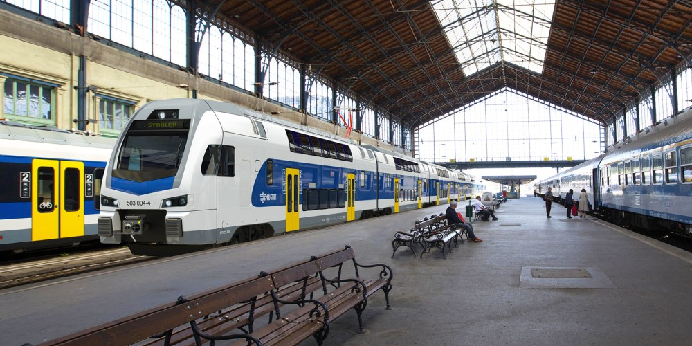 Impression of the 6-car Stadler Rail KISS trains for the Hungarian railways (MAV). Impression: Stadler Rail