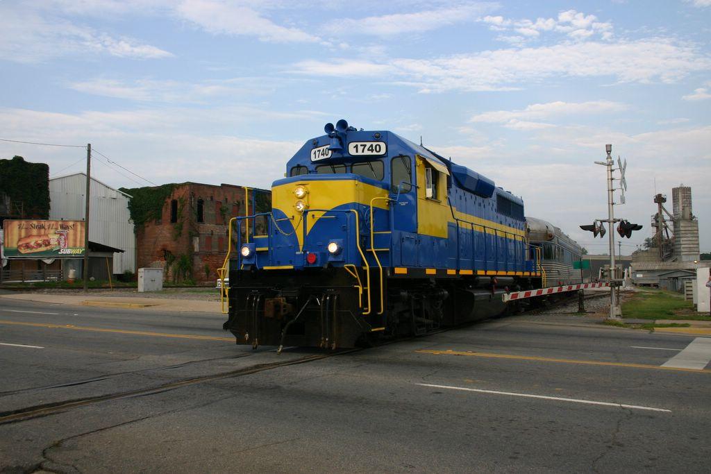 The SAM Shortline train pulls into Cordele, Ga., on July 7, 2007.