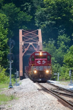 RJC Alcan train emerges from the Ford Tunnel and crosses the Kentucky River