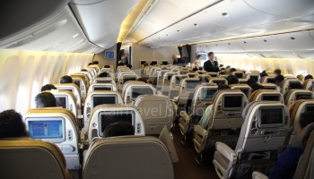 Singapore Airlines SQ917: Manila to Singapore by Boeing 777-300 ...
