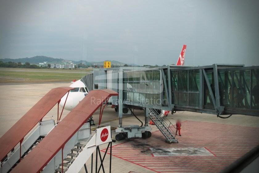 AirAsia AK6173 AOR JHB Abandoned 020