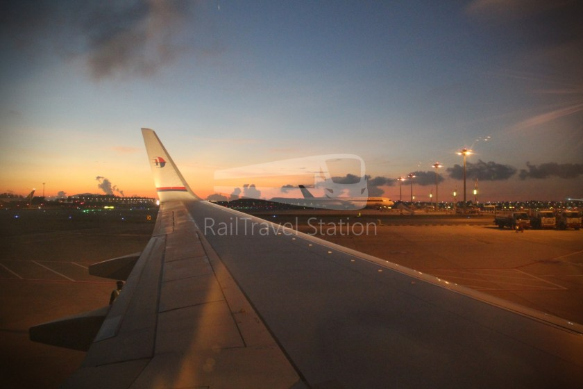 Malaysia Airlines MH602 SIN KUL for LHR 049