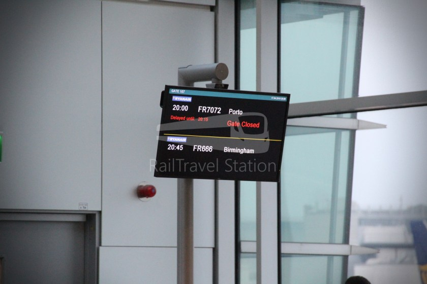 Ryanair FR666 DUB BHX 029