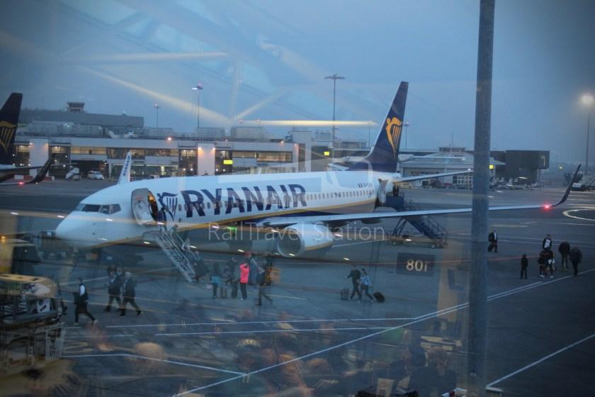 Ryanair FR666 DUB BHX 034