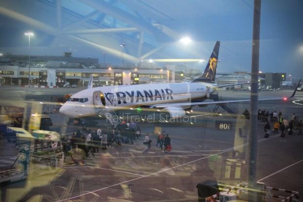 Ryanair FR666 DUB BHX 037