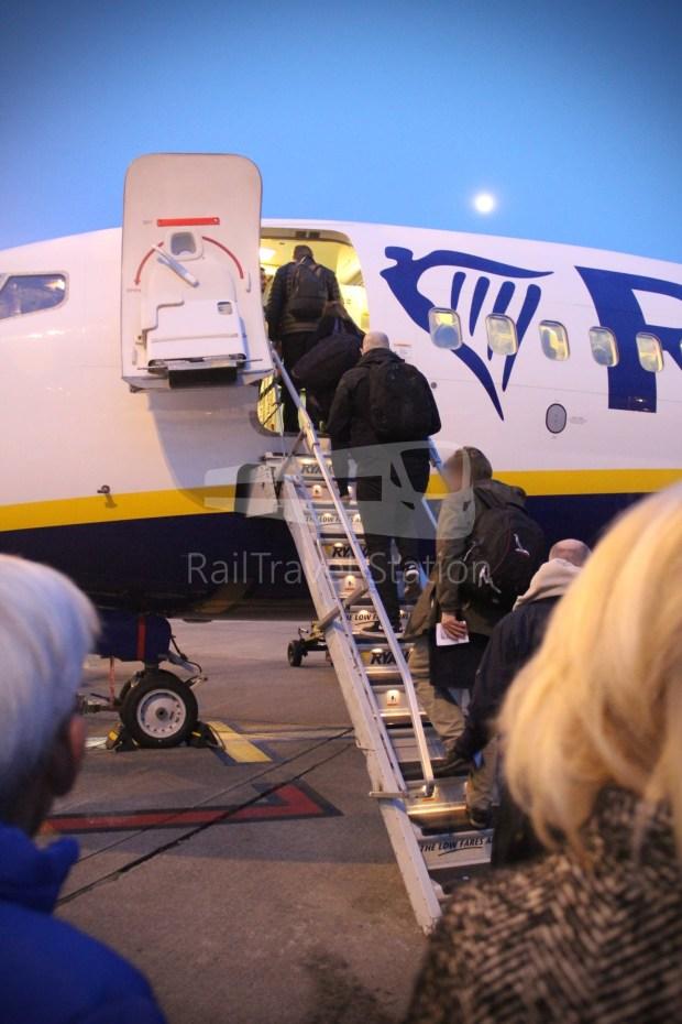 Ryanair FR666 DUB BHX 044