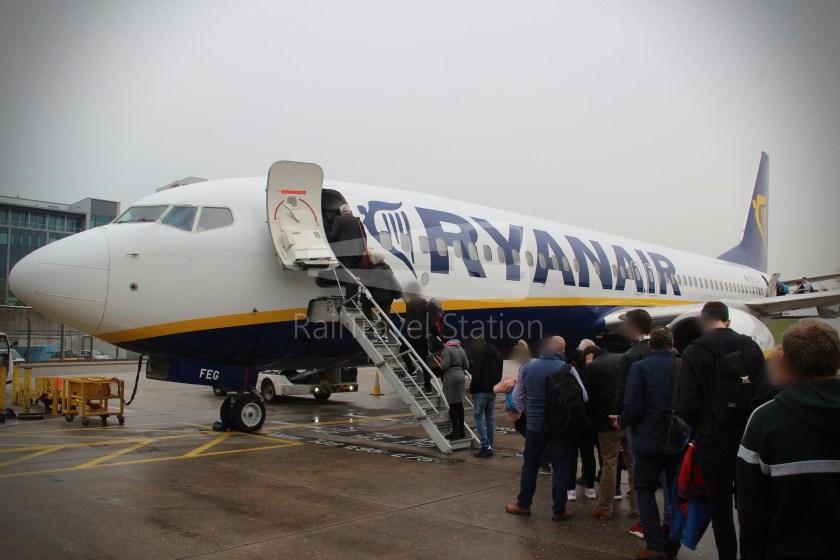 Ryanair FR671 BHX DUB 033