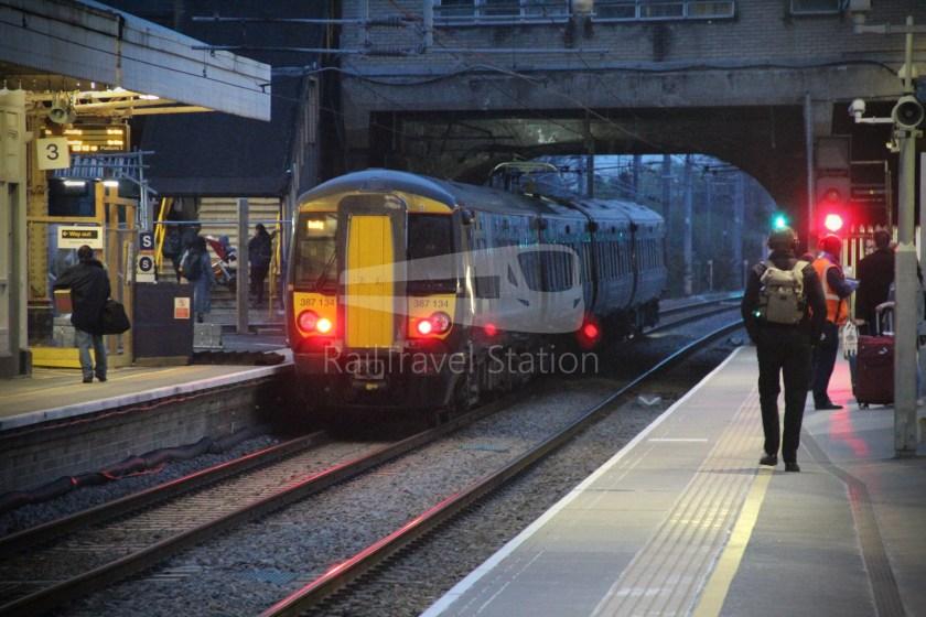 TfL Rail GWR Heathrow Terminal 4 Oxford 012