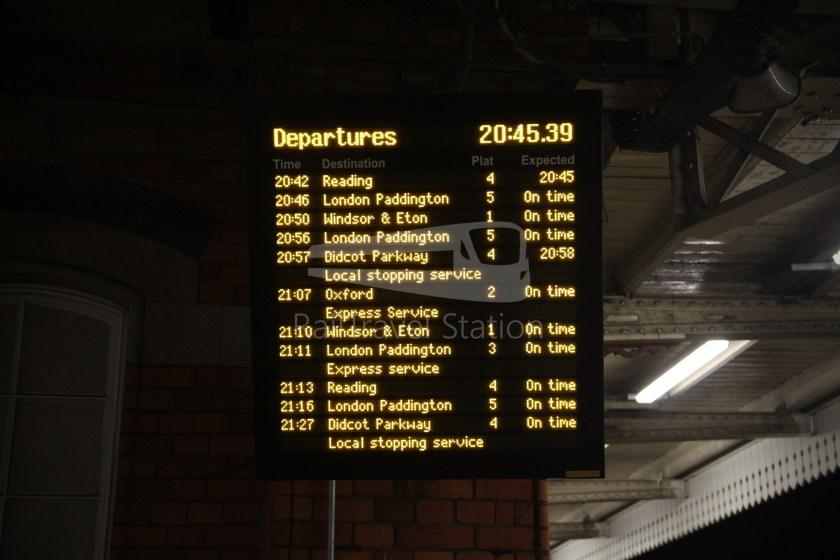 TfL Rail GWR Heathrow Terminal 4 Oxford 027