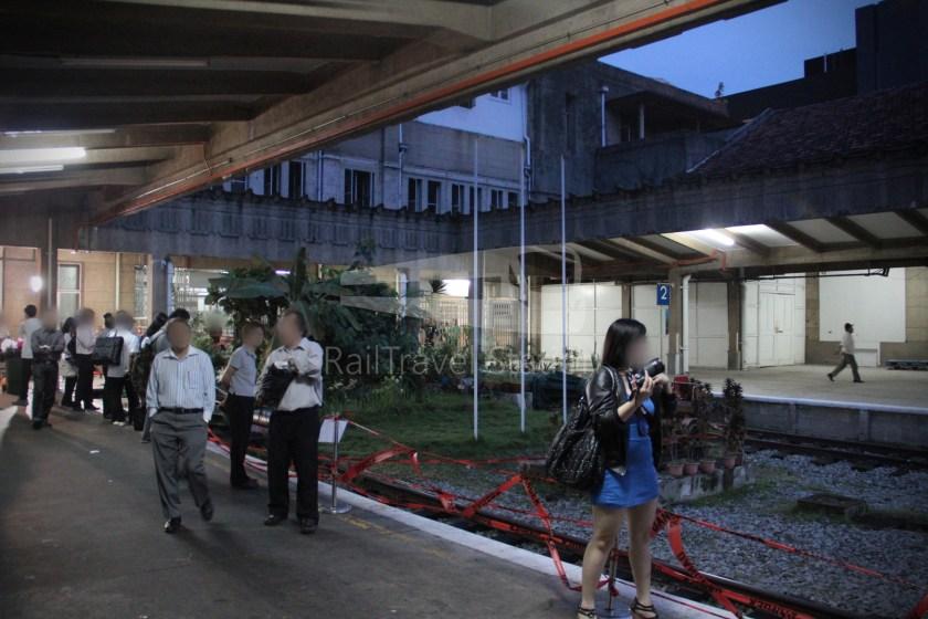 1030up Tren Khas Terakhir Stesen Tanjong Pagar Singapura 001