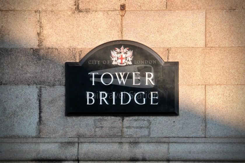15H (Heritage) Charing Cross Trafalgar Square Tower of London 067