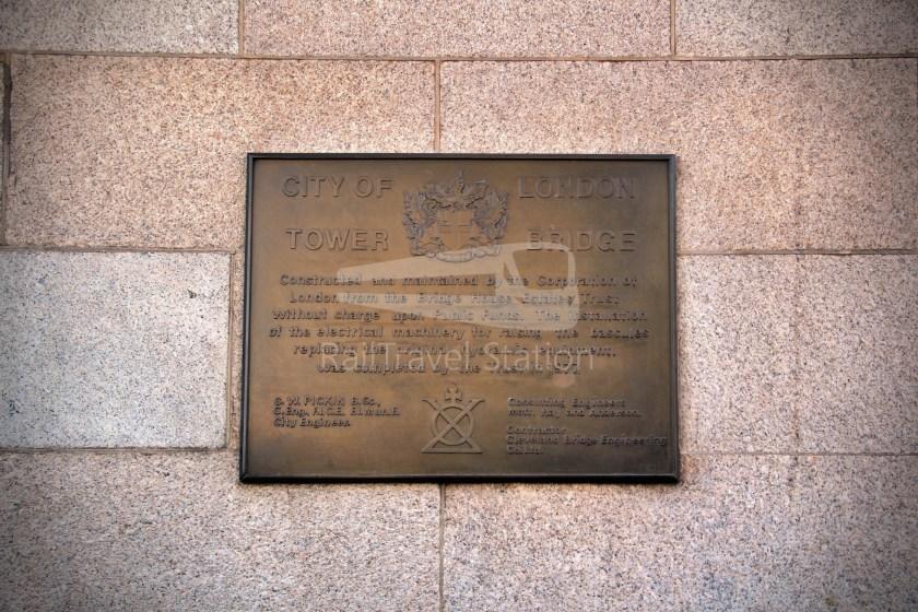 15H (Heritage) Charing Cross Trafalgar Square Tower of London 068