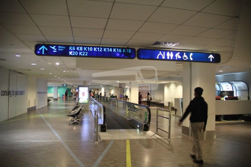 AirAsia AK6436 KUL KBR 027