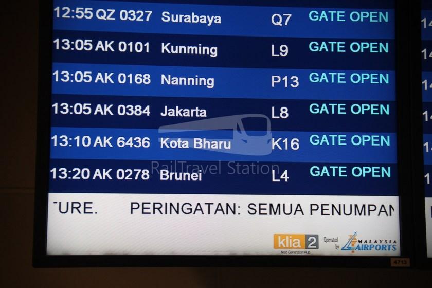 AirAsia AK6436 KUL KBR 028