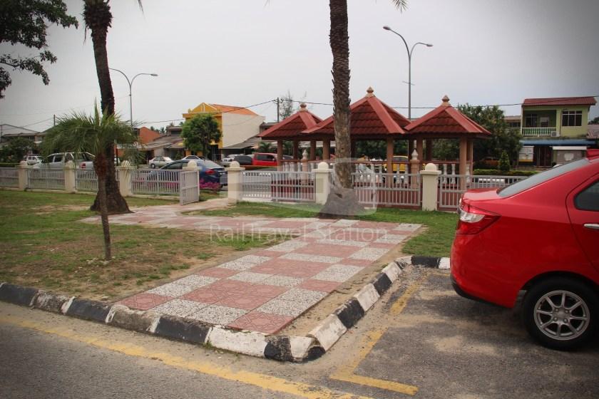 AirAsia AK6436 KUL KBR 065