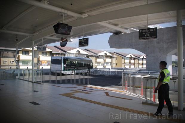 BRT Sunway Line 022