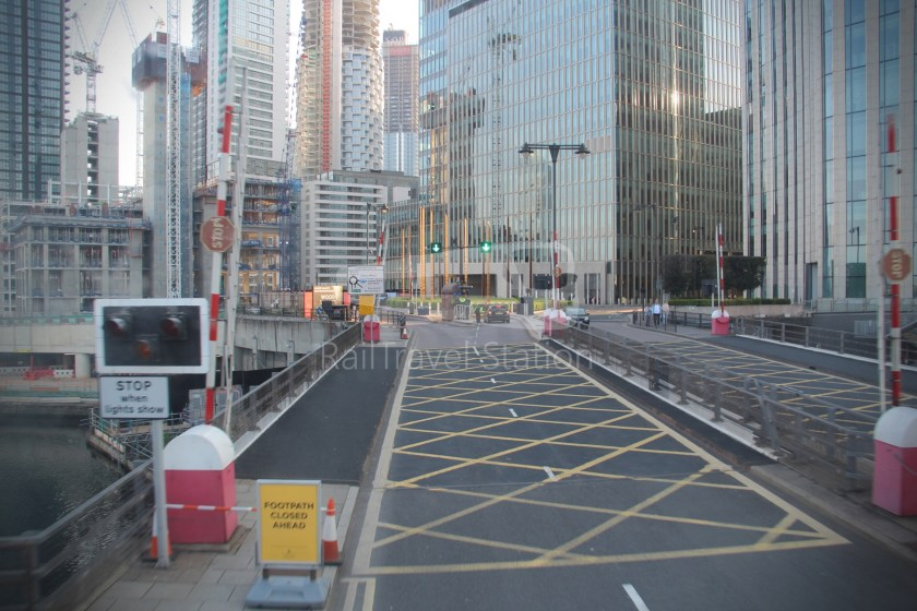 DLR Rail Replacement Bus Service A Tower Gateway Canary Wharf 036