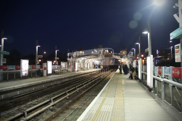 DLR Royal Victoria Canning Town 008