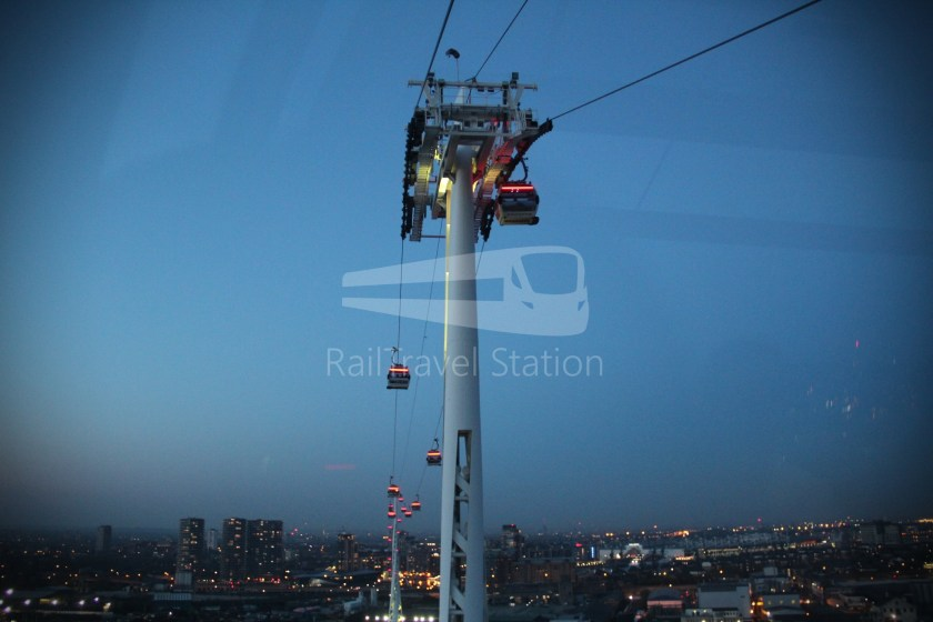 Emirates Air Line Emirates Greenwich Peninsula Emirates Royal Docks Sunset 025
