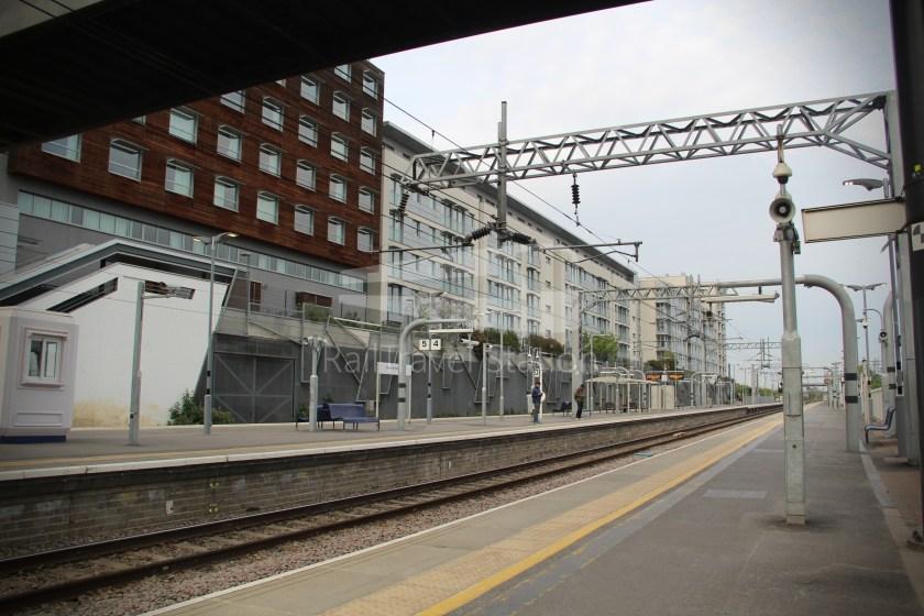 GWR TfL Rail Oxford Heathrow Terminal 4 028