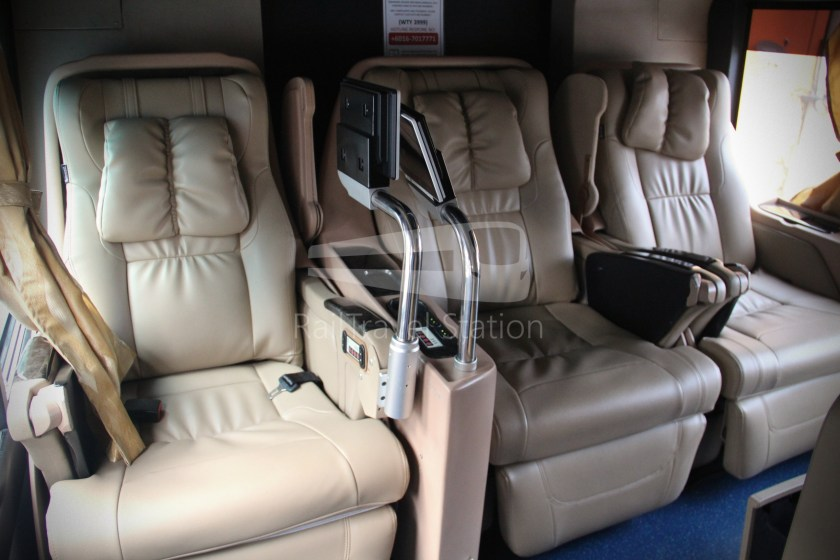 Transtar First Class Solitaire Suites Kuala Lumpur Singapore 017