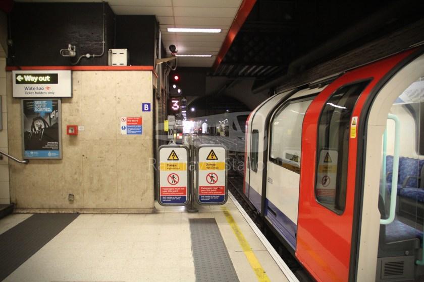 Waterloo & City Line Bank Waterloo 026