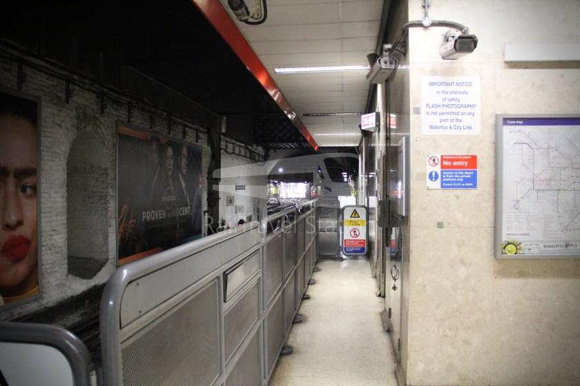 Waterloo & City Line Waterloo Bank 004