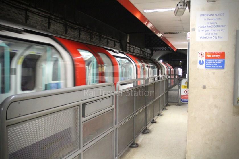 Waterloo & City Line Waterloo Bank 007