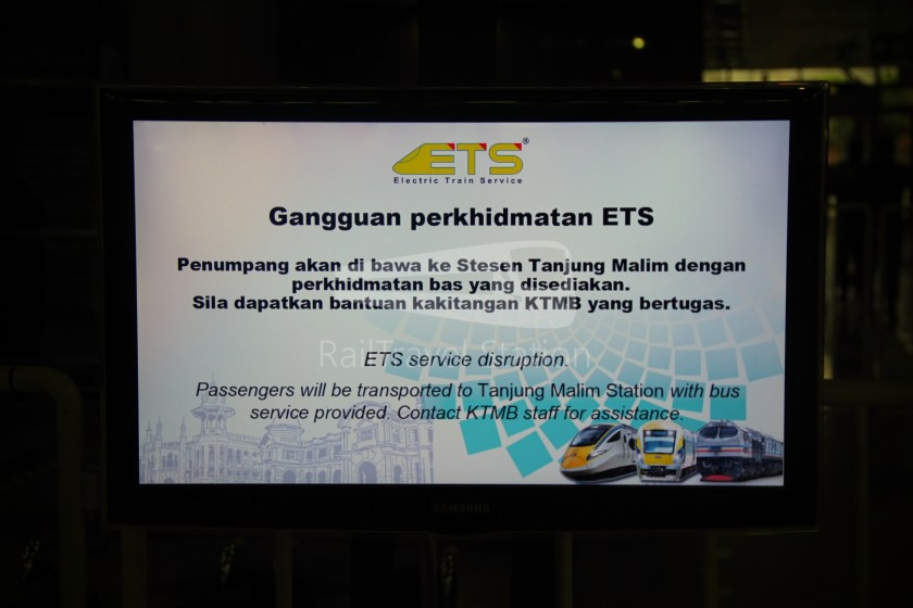 ETS Rail Replacement Bus KL Sentral Tanjung Malim 002.JPG