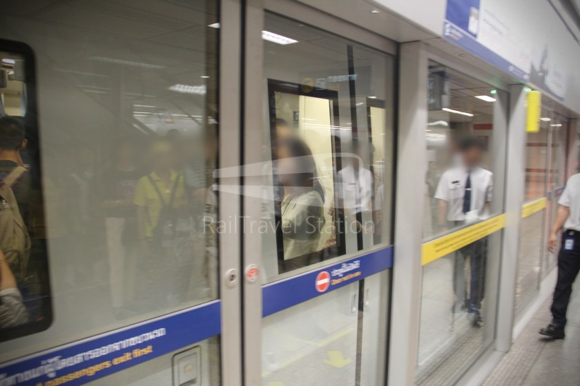 MRT Blue Line Hua Lamphong Tha Phra Extension 021